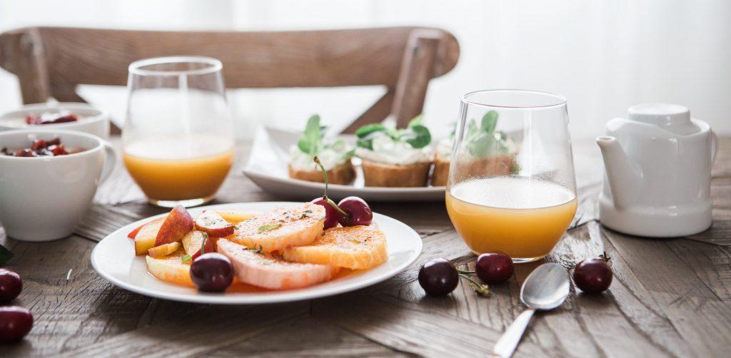 breakfast_table